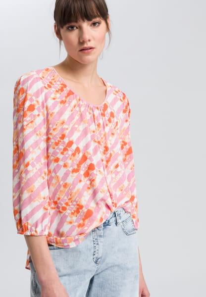 Bluse im Batikprint
