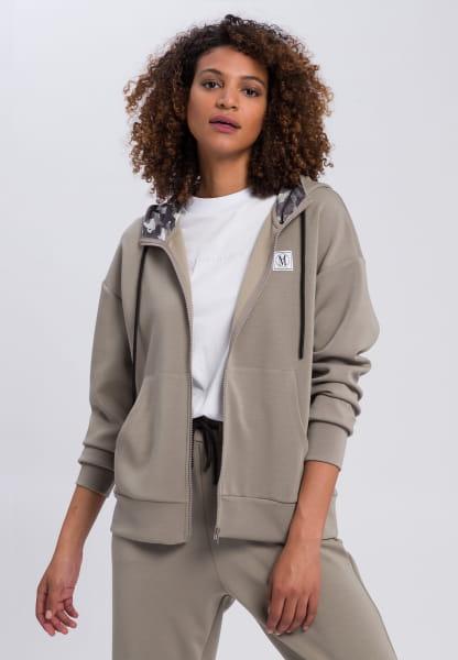 Hoodie jacket with logo bagde