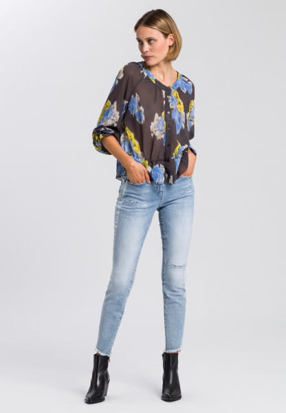 Blouse with ethno-flower print