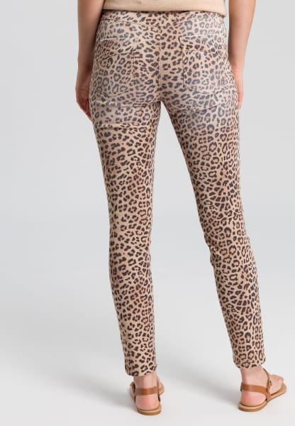 Jeans im Leoprint
