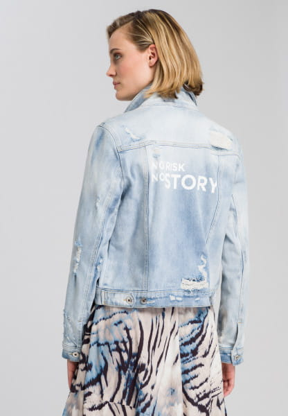 Denim jacket made from recycled demin with destroys