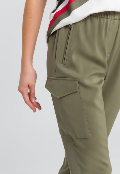 Baggy pants from elastic satin