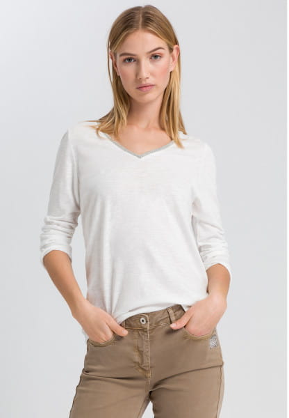 T-shirt with metal chain detail