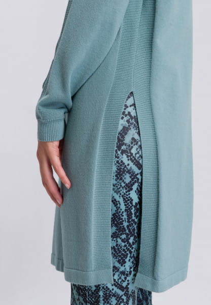 Sweater with Long Cut