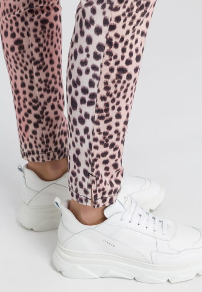 5-pocket in leopard-style