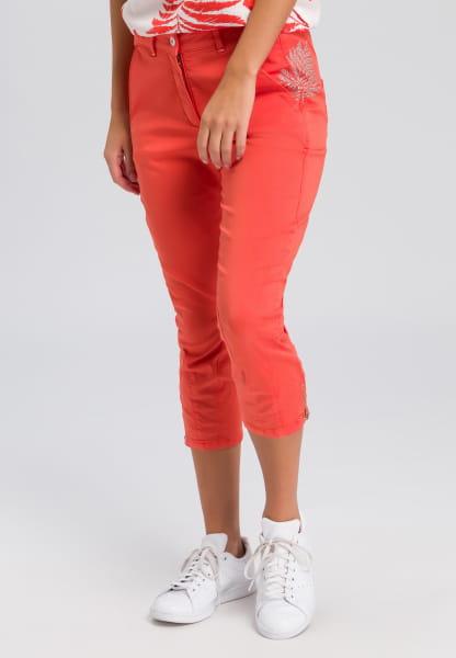 Capri pants with rhinestones