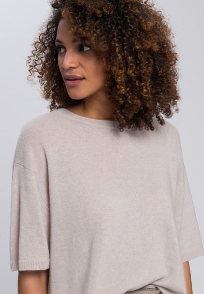 Boxy sweater made from wool and cashmere