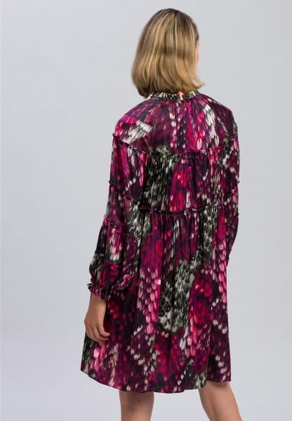 Dress with dreamy pattern print