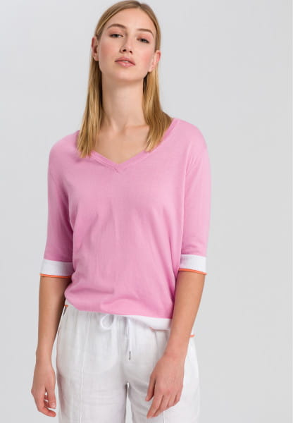 Knitted shirt with contrast trims