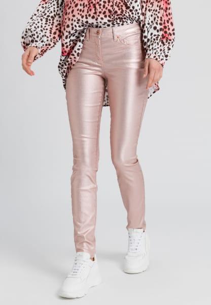 Jeans in metallic look