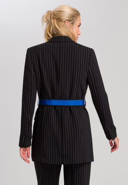 Pinstripes in double-breasted look