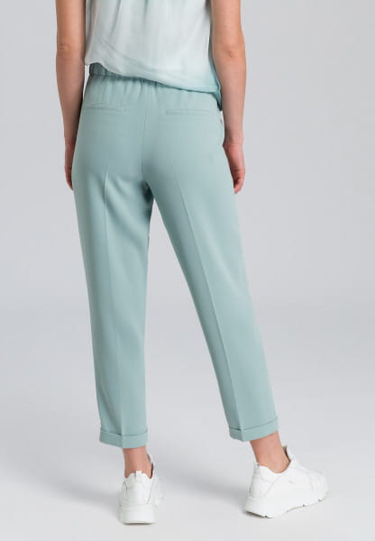 Pants from easy care material