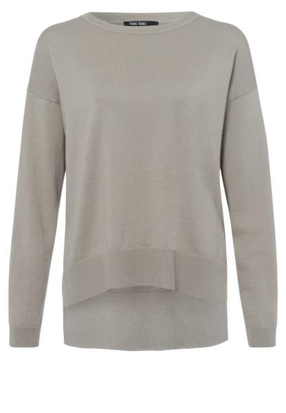 Pullover mit verlängertem Rückenteil