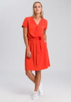 Dress with binding strap