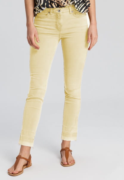 Jeans with wash-marks at the seam