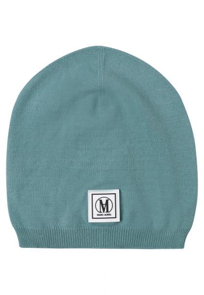 Cap made of soft fine knit