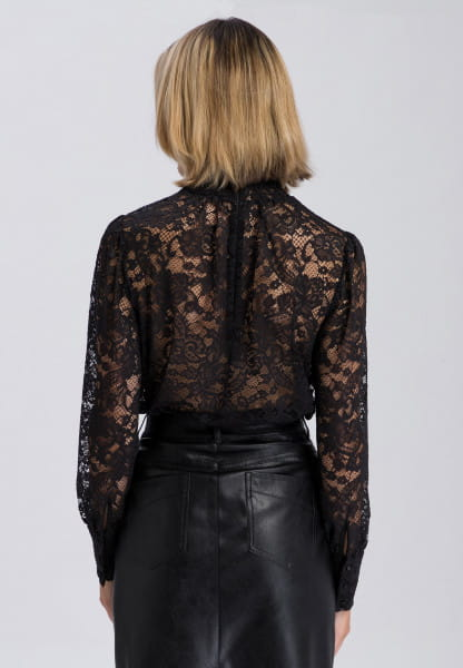 Slip-on blouse in detailed lace optics