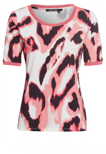 T-shirt with modern watercolour print