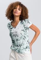 T-Shirt im Batikprint