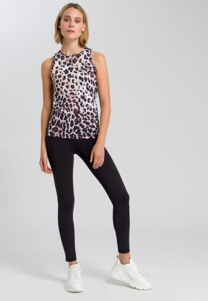 Sports top with Leo print