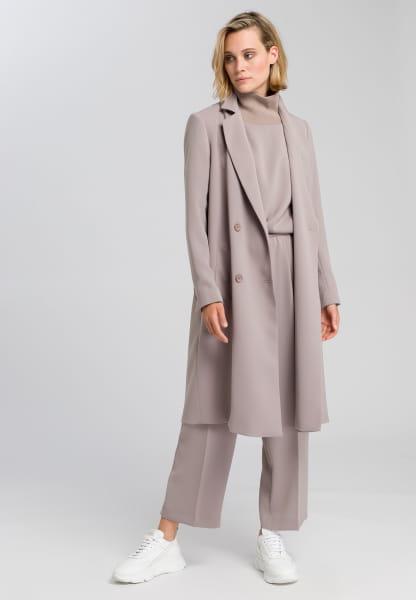 Mantel aus knitterfreiem Material