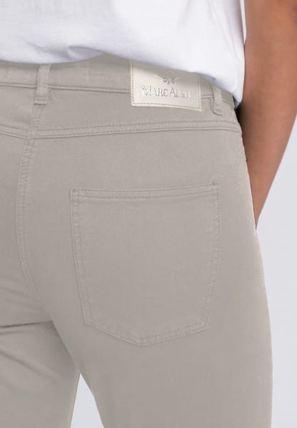 5-Pocket mit tonigem Mottoprint