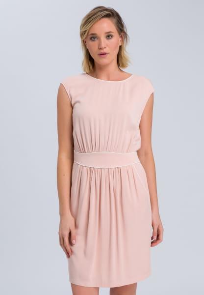 Kleid mit Kontrastdetails