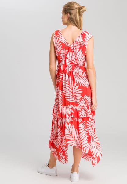 Maxi dress with leaf design