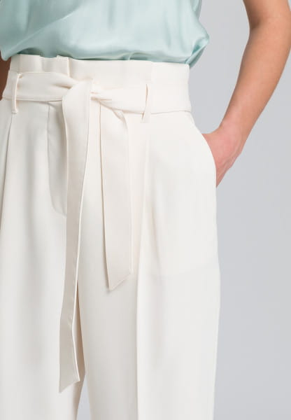 Paper bag trousers made from easy care material