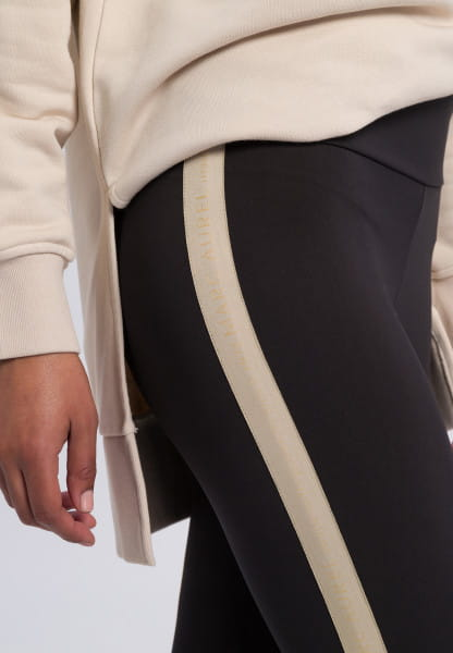 Leggings with side stripes and glossy print