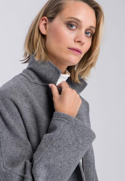 Coat in minimalist design