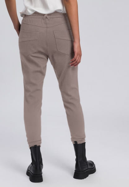 Jogging pants made from structured jersey