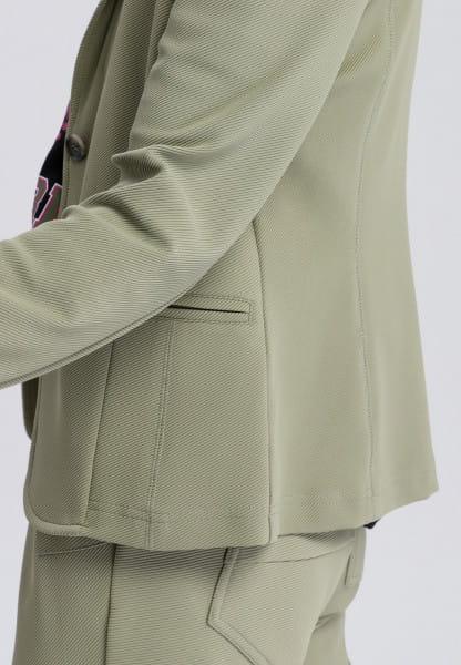 Blazer close-fitting
