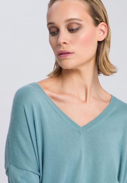 Fine knit sweater with a particularly soft handle