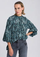 Slip-on blouse with detailed reptile print