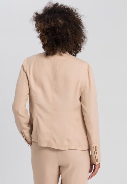 Jacket in Strukturoptik