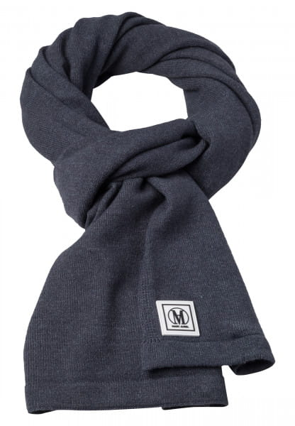 Knit scarf with logo badge